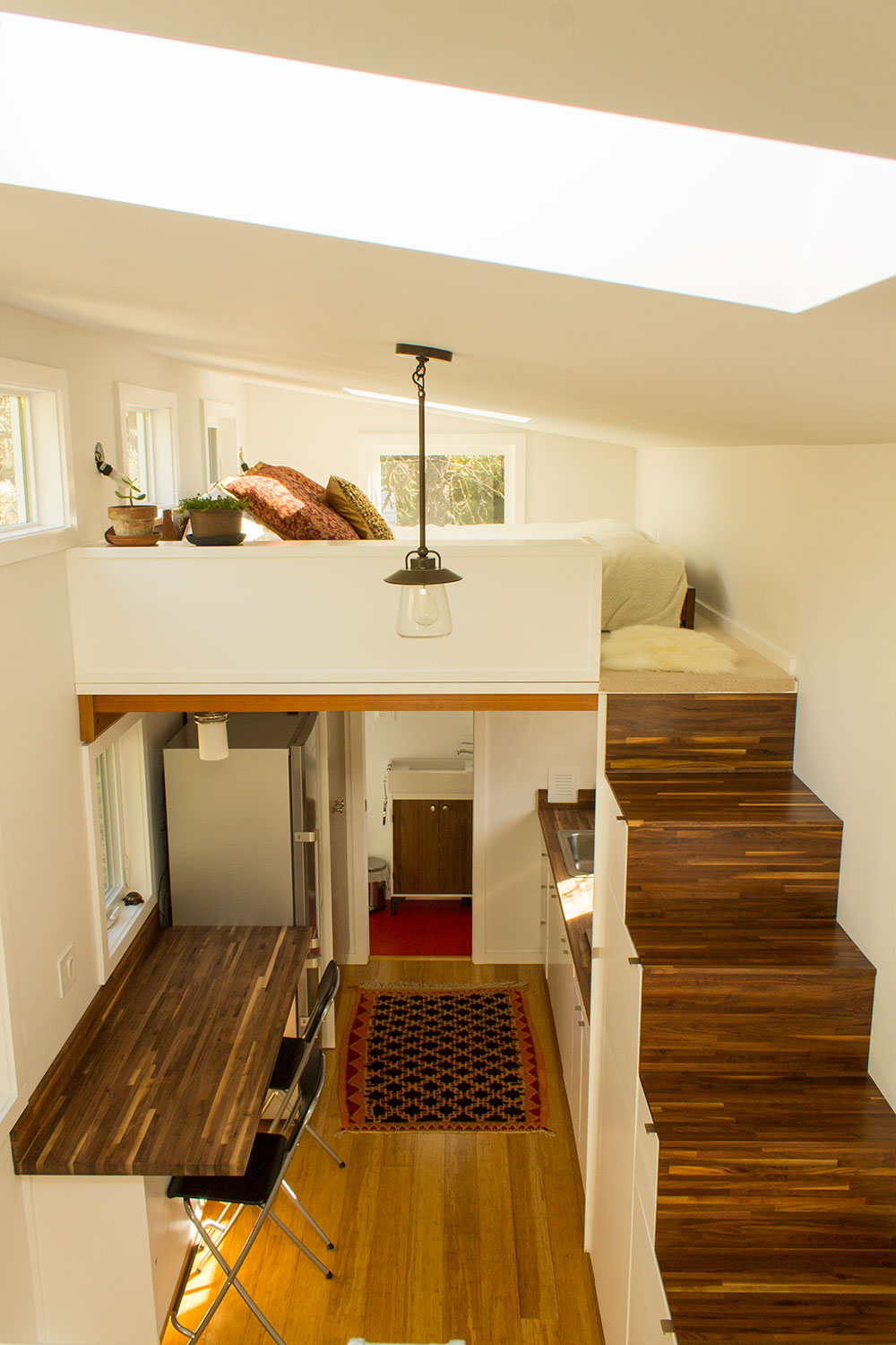 Incroyable Tiny Home Traits: 5 Features Every Small Space Needs