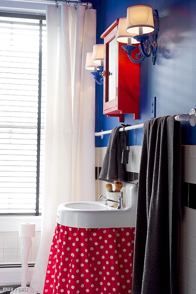 Is Your Bathroom a Total Snooze Fest? (It Doesn't Have to Be)